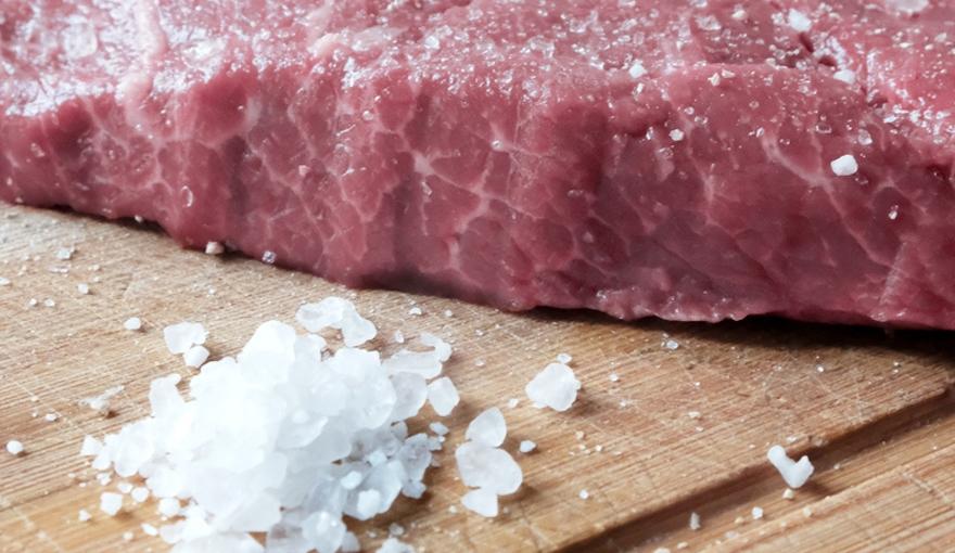 Salare la carne: tutti i segreti